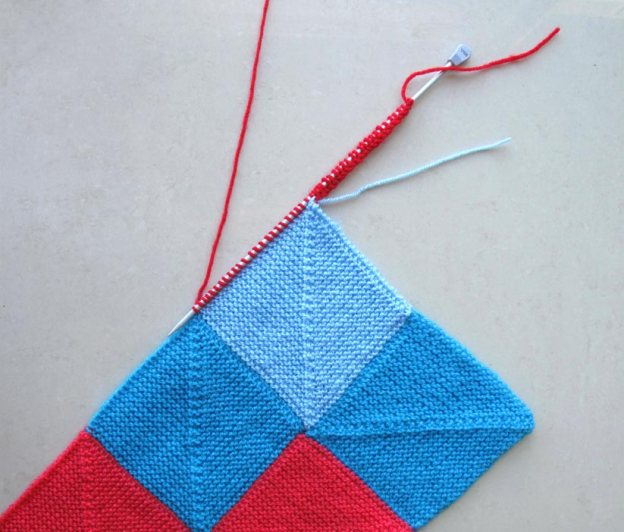 Knitting Picking Up Stitches On Garter Stitch Edge : pick up stitches along garter edge Master crafting
